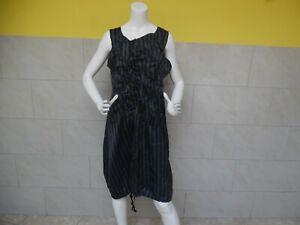 CORA-KEMPERMAN-jolie-robe-assymetrique-boule-taille-XL