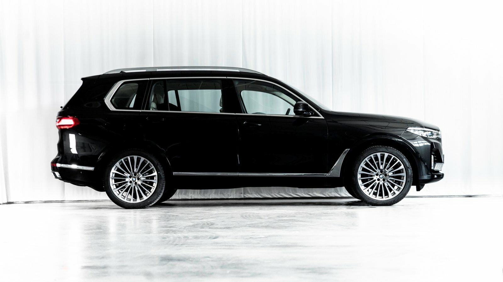 BMW X7 3,0 xDrive30d aut. 5d - 11.996 kr.