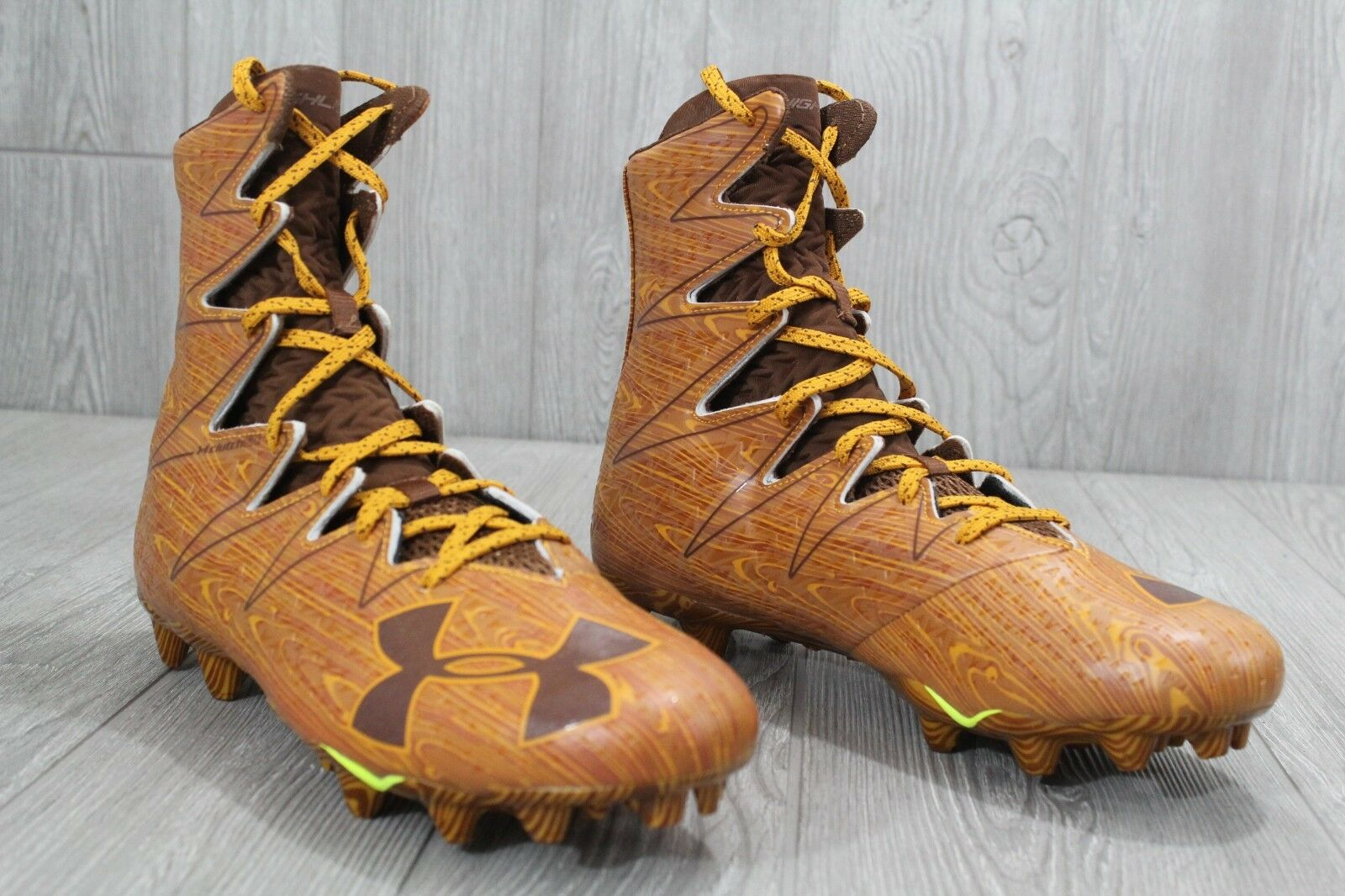 26 Highlight UNDER ARMOUR UA Highlight 26 Wood Clutch Fit Molded Football Cleats hommes 10.5-12 1bc755