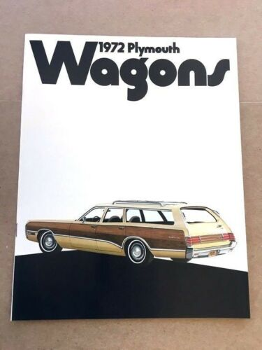 1972 Plymouth Satellite and Fury Suburban 14-page Car Sales Brochure Catalog