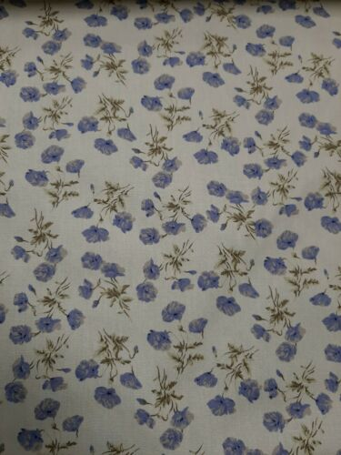 1 Metre Length Cream//Harebell Blue Floral Print Cotton Poplin 100/% cotton Fabric