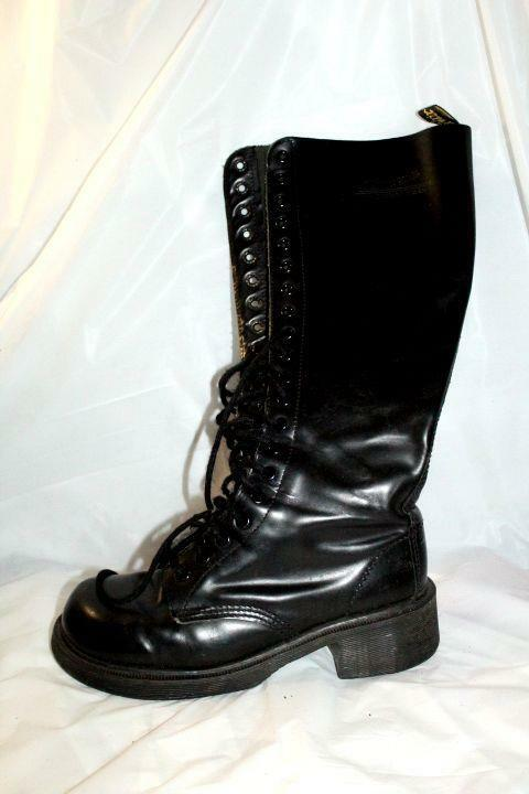 b1 dr martens knee high kace up 1420 shoes lace up leather womens sz 6