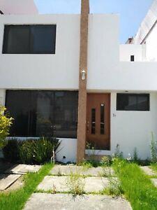 Renta Casa cerca CU en Fracc Lomas Del Valle, Puebla