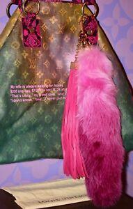 2749a0d7ee6 Louis Vuitton Pink  FOXY  Bijoux Fringe Bag Charm Key Chain FOX TAIL ...