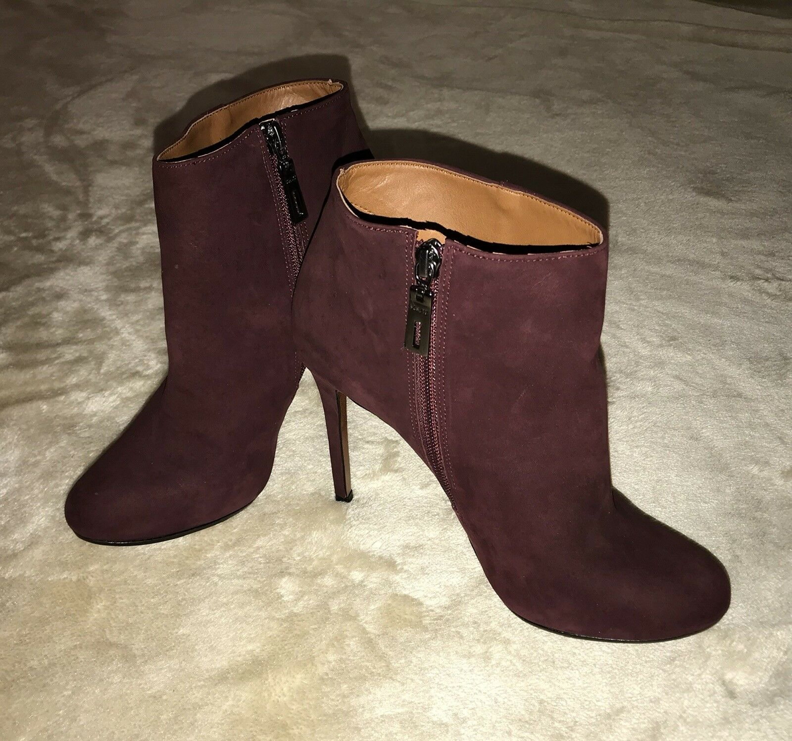 Schutz Suede High Stiletto Ankle Boots Burgundy Size 39