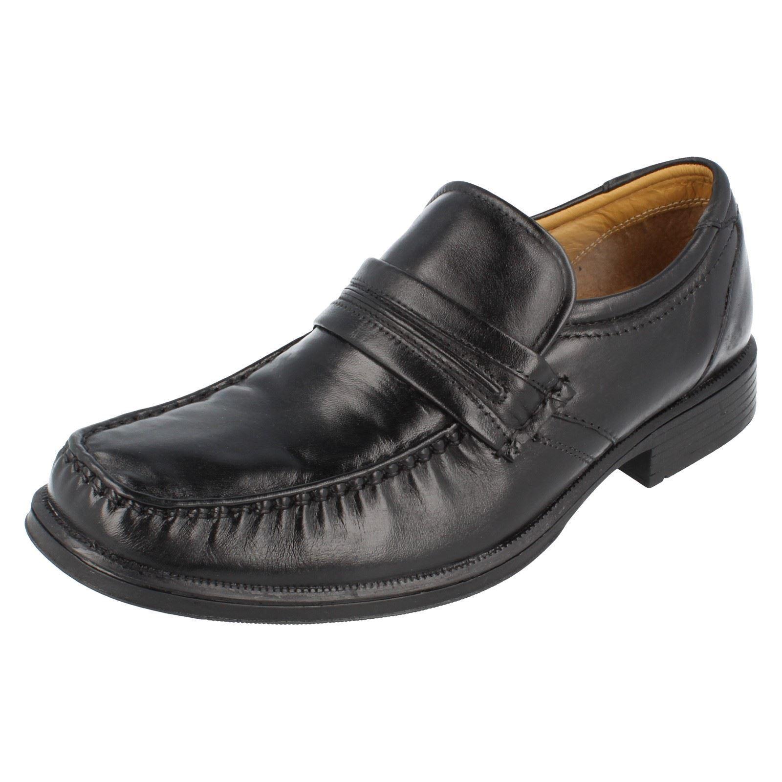 Clarks Hook Trabajo Para Hombre De Cuero Negro Sin Cordones De Zapato G montaje (R38B) (Kett)