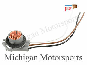 Michigan Motorsports Light Socket Connector Pigtail License Plate Taillight Brake Reverse Fits 194 bulb