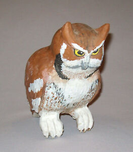 Old Vtg Ca 1970s Folk Art Carved and Painted Wood Owl Bird Figure Very Nice
