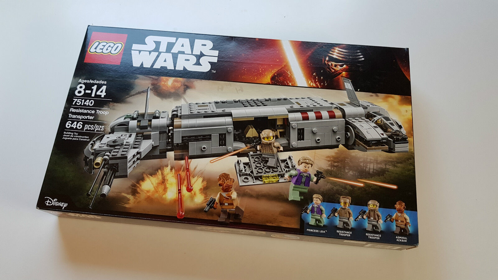 LEGO 75140 STAR WARS Resistance Troop Transporter NEW Never Opened