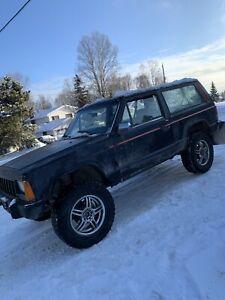 91 Jeep Cherokee 2 door xj 1000obo