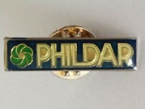 Phildar-Brand-Pin-Badge-Rare-Vintage-H10