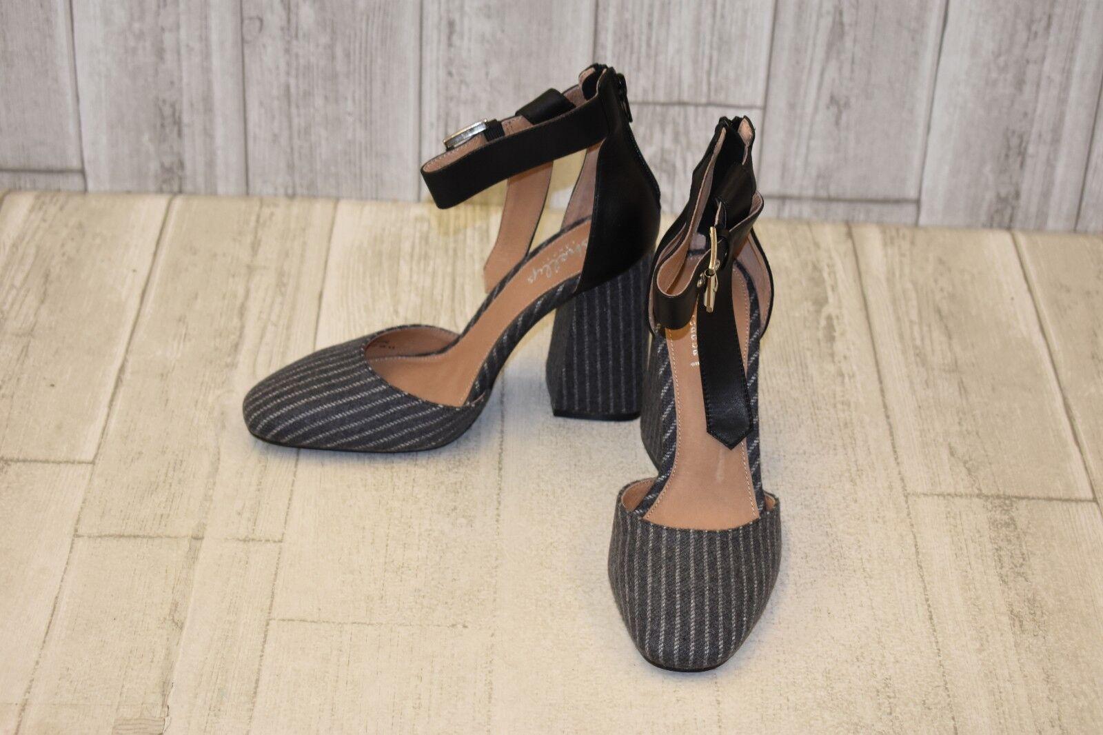 Shellys London Gillian Pump - Women's Size 6.5, Grey Pinstripe