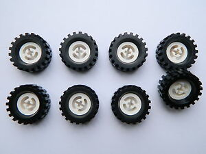 LEGO Bau- & Konstruktionsspielzeug LEGO TECHNIC vintage WHEELS WHITE set of 8 Tire Wheel 30 x 10.5 mm large tyre Baukästen & Konstruktion