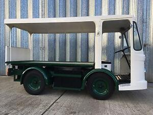 1961-MORRISON-ELECTRIC-MILKFLOAT