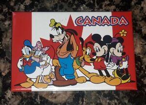 CANADA Mickey Minnie Mouse Goofy WALT DISNEY WORLD Souvenir REFRIGERATOR MAGNET