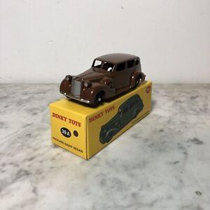 Model-Dinky-Toys-Atlas-Packard-Eight-Sedan-De-Agostini-n-39A