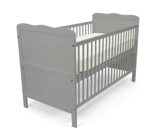 Grey Poppy/'s Playground Isabella Cot Bed