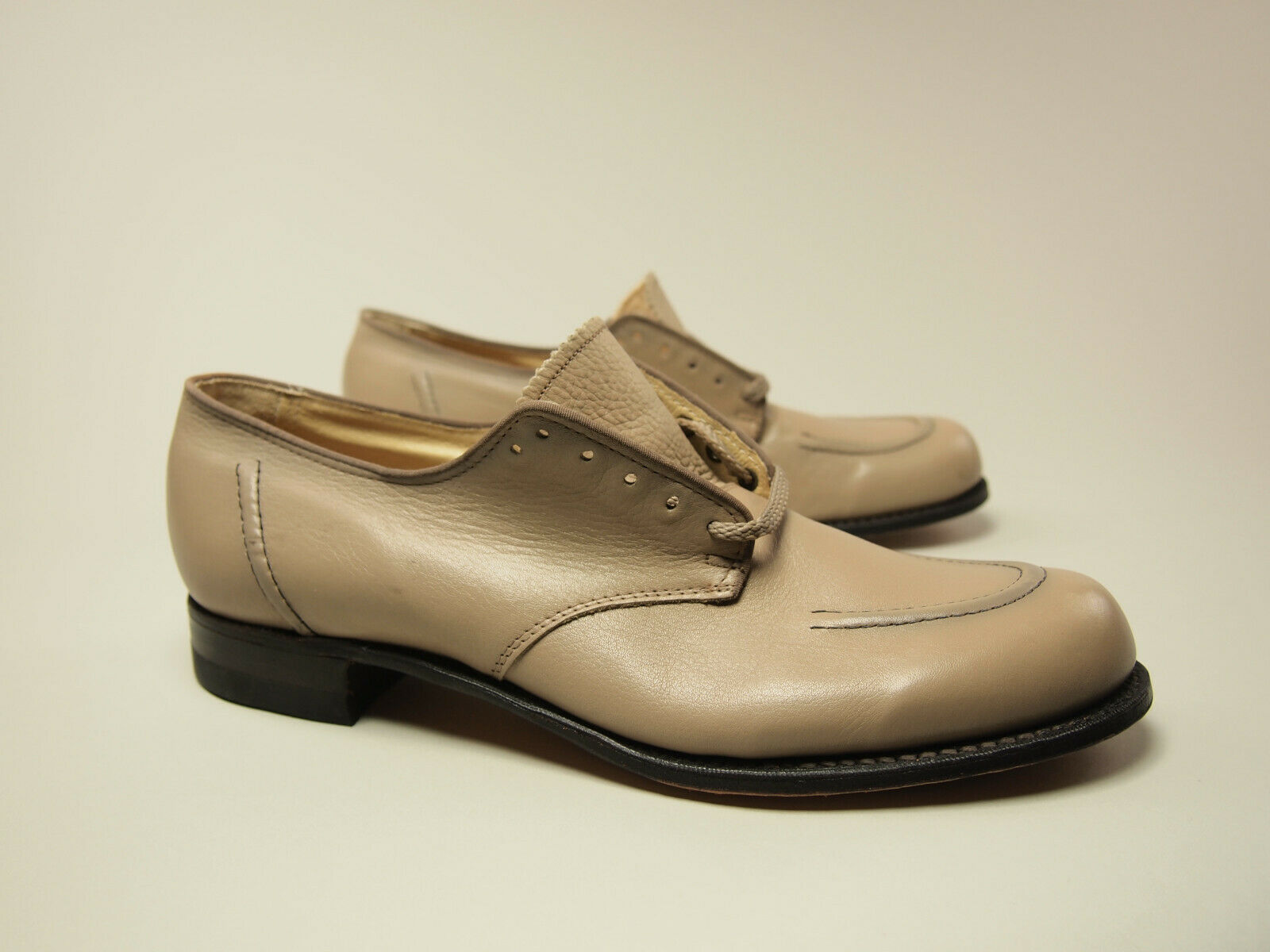 New  Vintage 1970s Taupe Leather Dress Oxfords 7.5 AA