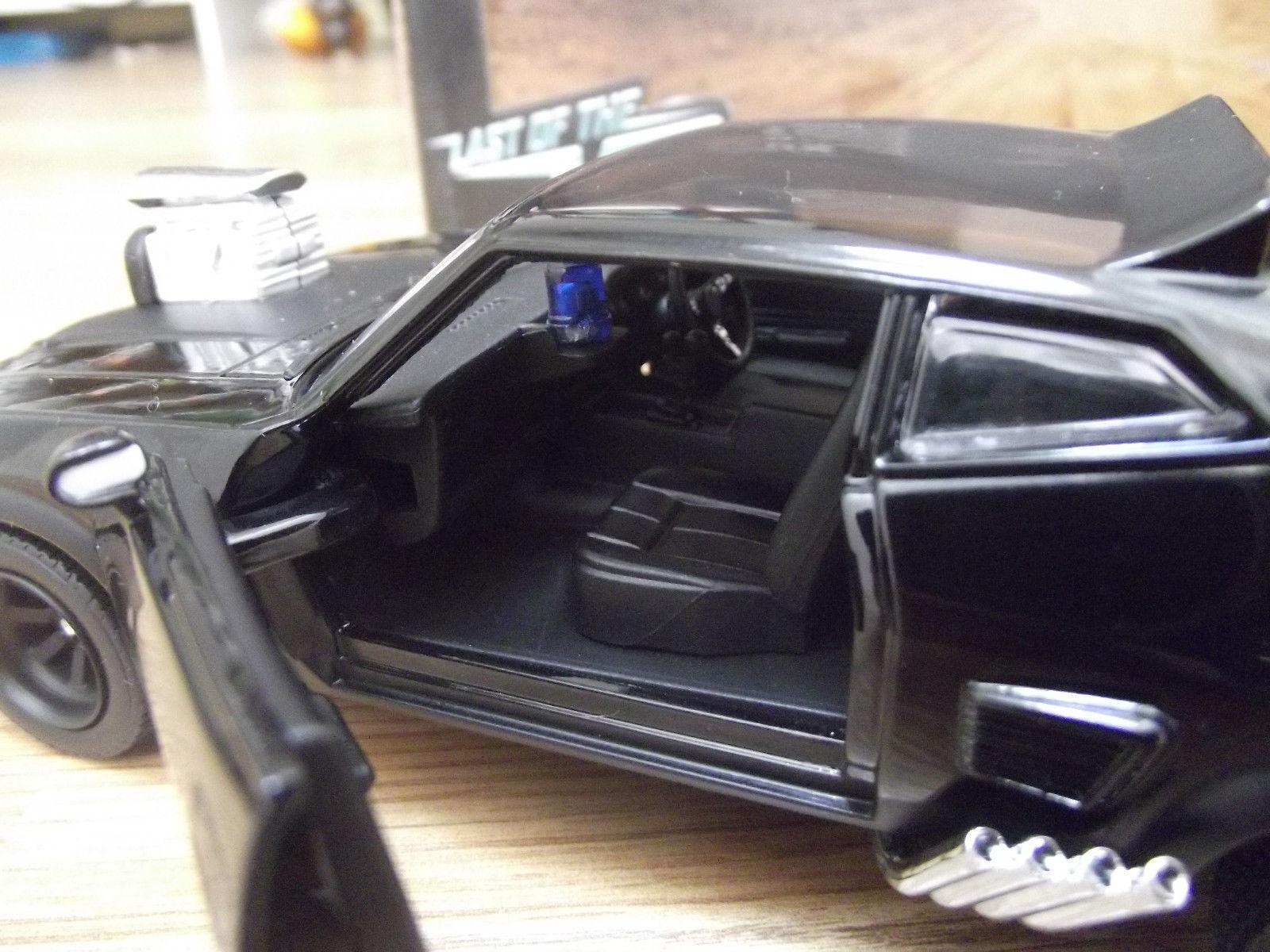 Ford Falcon XB v8 INTERCEPTORS Mad Max 1973 1 24