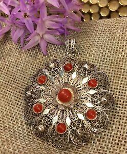 Vintage-Antique-800-Silver-Coral-Filigree-Pendant-Fine-Jewelry