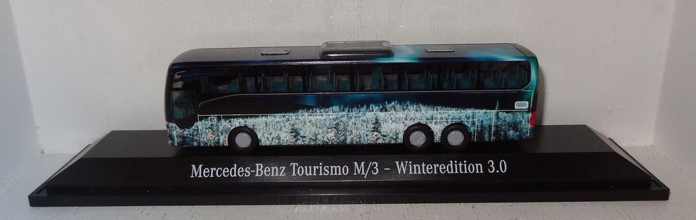 AWM MB Tourismo M 3 Weihnachtsbus 2018 Winterotition 3.0 1 87 PCOVP (R2_5_26)  | Haben Wir Lob Von Kunden Gewonnen