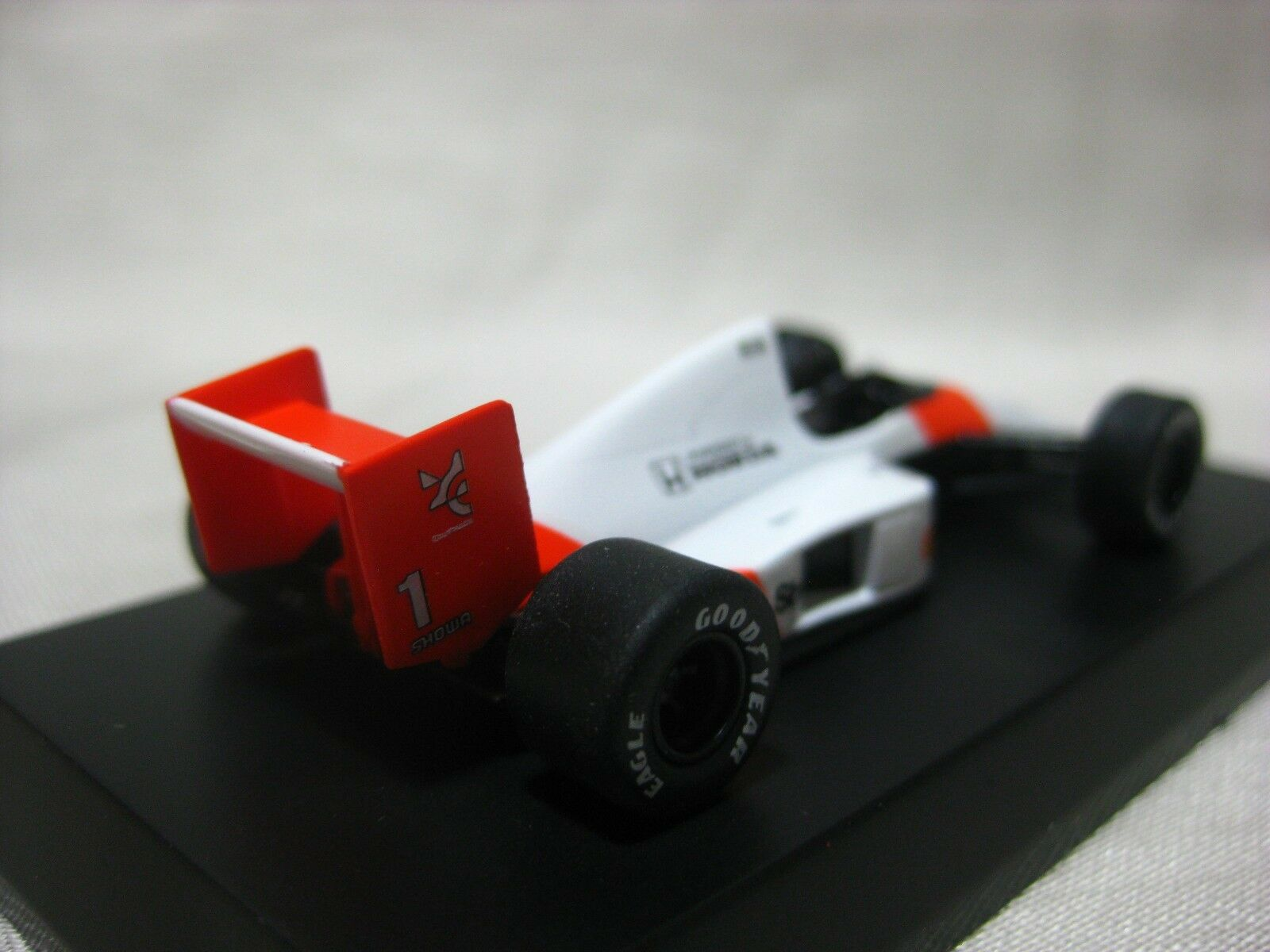 1 64 Kyosho McLaren McLaren McLaren MP4 5 No.1 Coche Modelo Diecast 7e0302