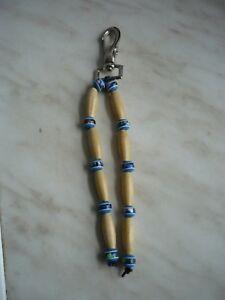 Schlüsselanhänger mit blauen Perlen und braunen Pipes, 18 cm Gesamtlänge - München, Deutschland - Schlüsselanhänger mit blauen Perlen und braunen Pipes, 18 cm Gesamtlänge - München, Deutschland