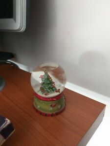 Foto Con La Neve Di Natale.Palla Di Vetro Con La Neve Albero Di Natale Ebay