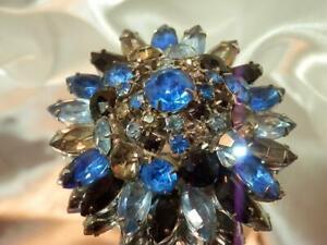 Stunning-Vintage-50-039-s-Blue-AB-Rhinestone-Domed-Navette-Flower-Lg-Brooch-754my9