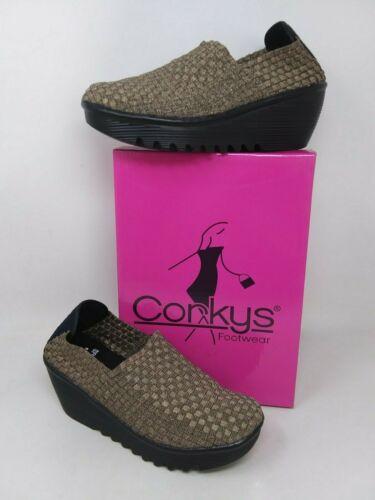 Bronze 23V New In Box Women/'s Corky/'s 50-7065 Tent Elastic Slip-On Wedges
