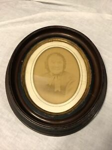 Antique-Victorian-Wood-Oval-Deep-Well-Picture-Frame-Portrait-Photo-WAVY-GLASS