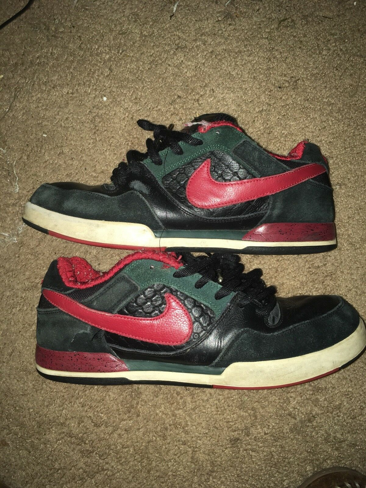 Nike sb P Rod 2 U.S 11.5 Red Black, minor defects from skating,fit new