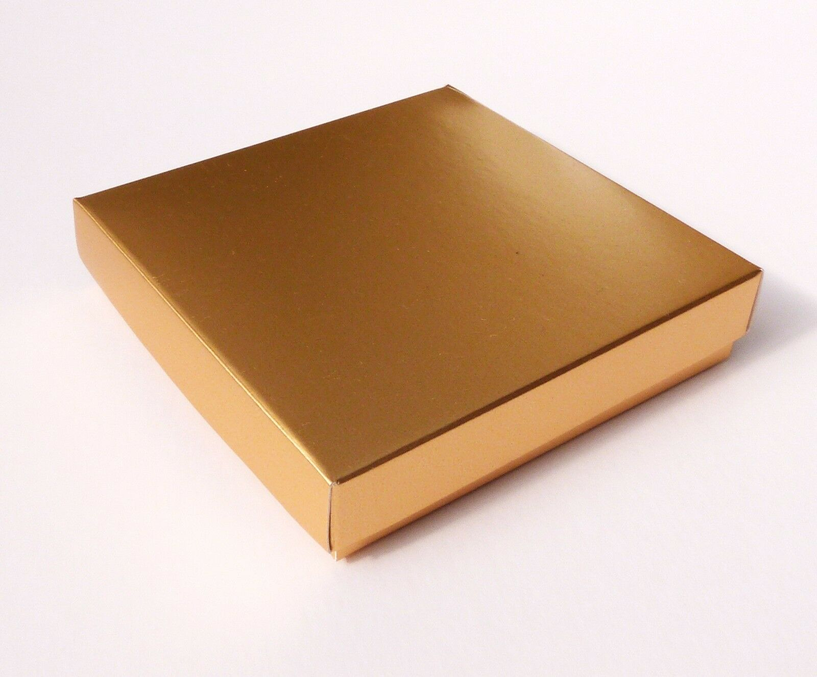 50 gold 4 X 4 INCH BOXES, CARDS, GIFTS, JEWELLERY, CAKES ETC