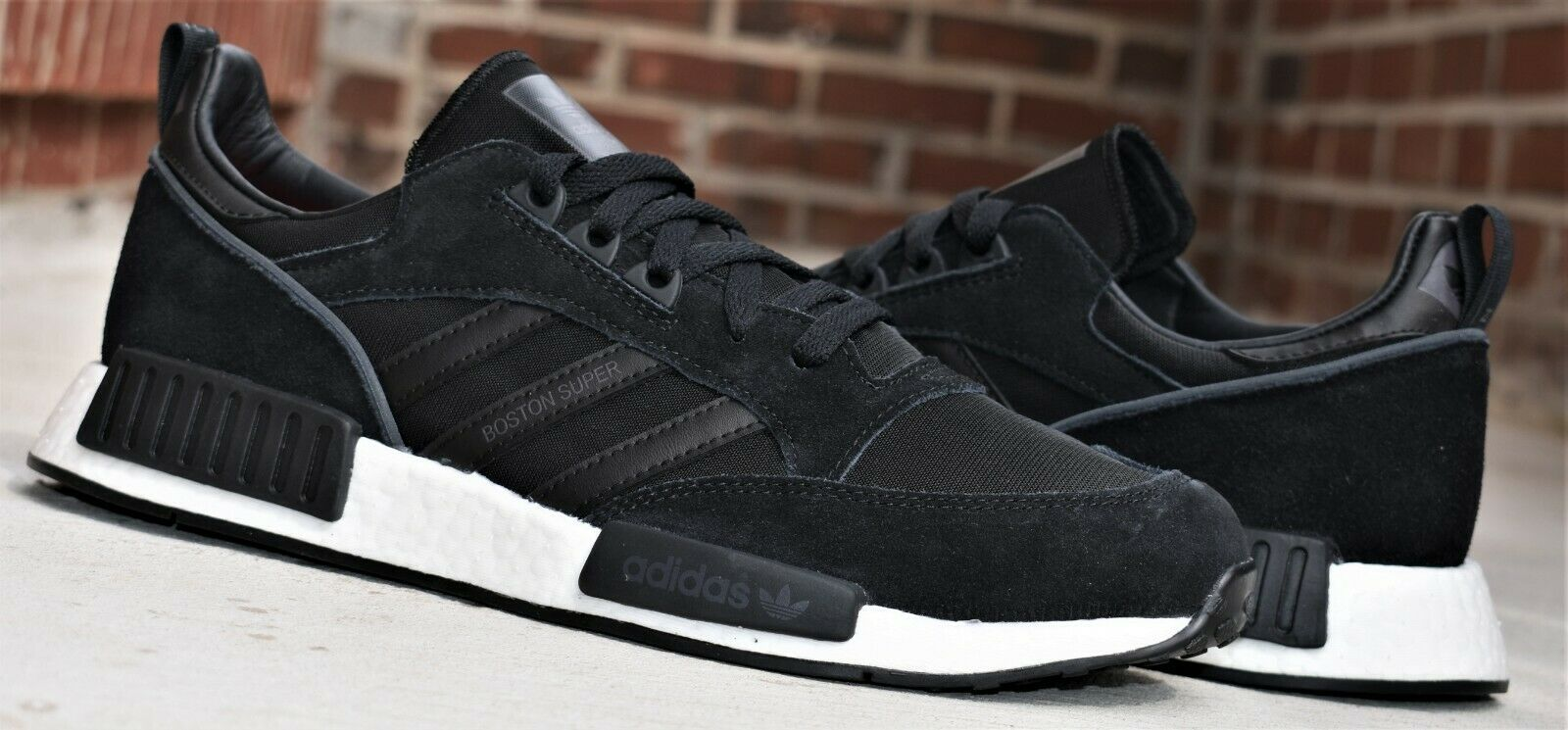 ADIDAS ORIGINALS BOSTON SUPER X R1 - New Men's Black White NMD shoes Sneakers
