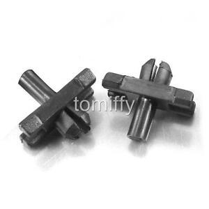 100 Pcs Body Side Moulding Trim Clips Retainer For Audi VW Beetle 113-853-585-C