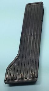 NISSAN UD TRUCK 1970 TO 1989  PLASTIC ACCELERATOR PEDAL