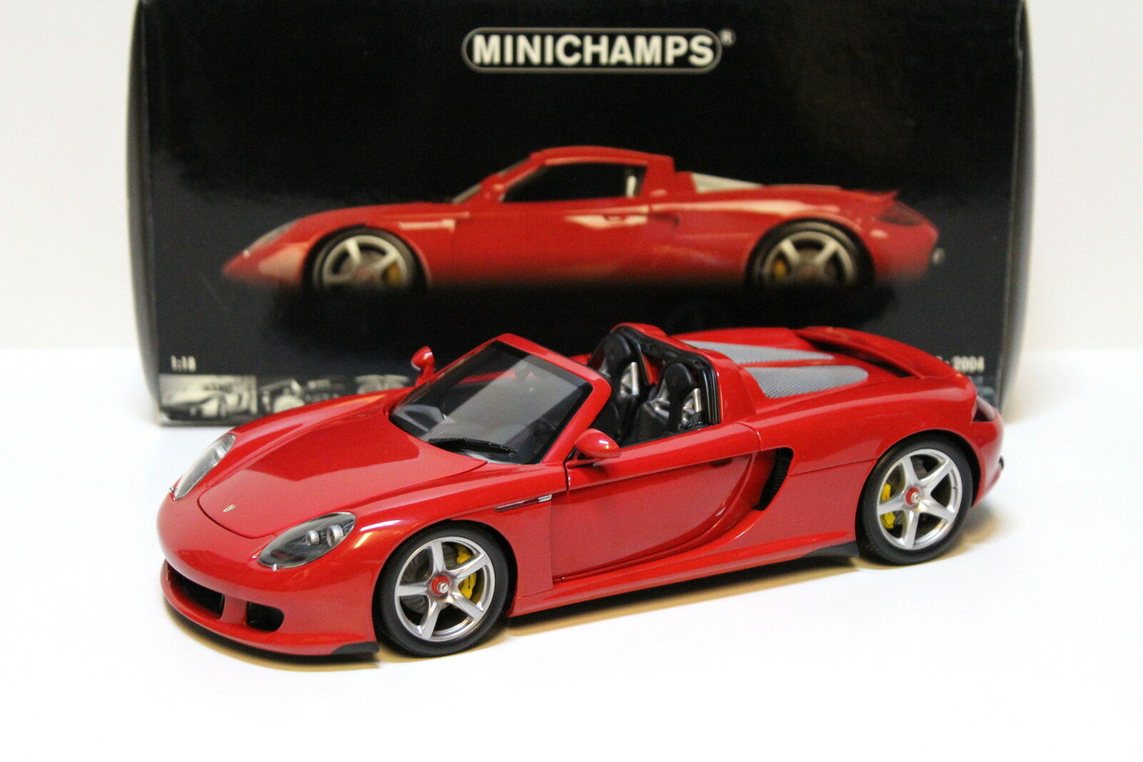 1 18 Minichamps porsche carrera gt 2004  rojo  new en Premium-modelcars