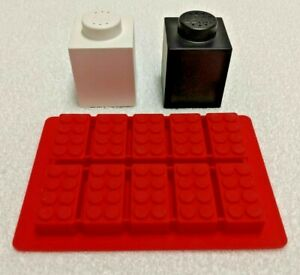 Lego-Salt-amp-Pepper-Shakers-amp-Lego-Ice-Cube-Tray-Mint-Condition-amp-Ready-to-Ship