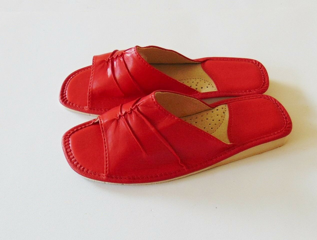 Ladies ** soft leather slippers ** Ladies EU HAND MADE PRODUCT** 67dd4d