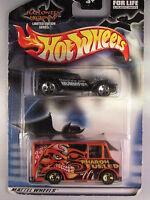 Hot Wheels 2 Car Pack Halloween Highway The Demon Combat Medic