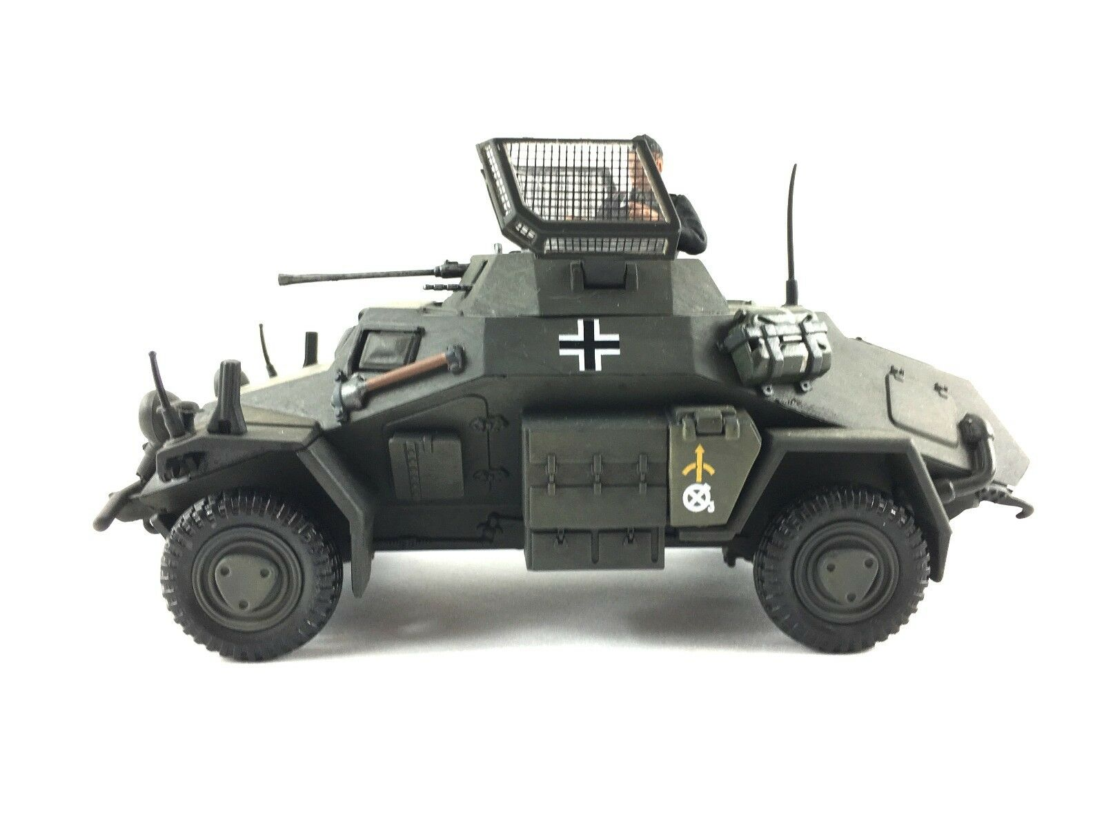 1:32 21st Century Toys Ultimate Soldier German Sdkfz 222 Armored Vehicle