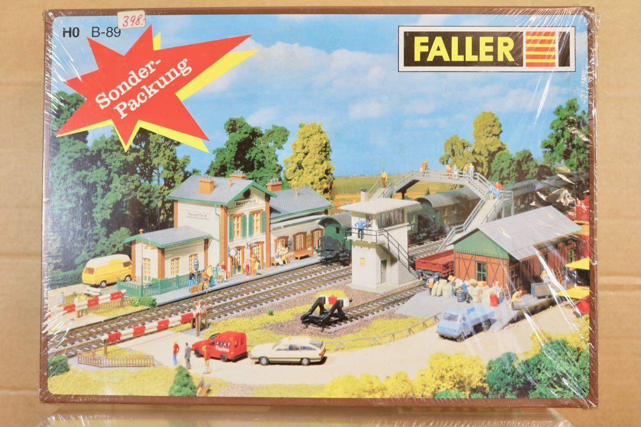 Faller B-89 Échelle Ho Neuenfeld Pays Station avec Boîte de Signal & Fret Hangar