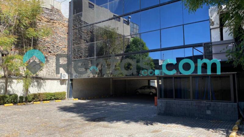 Edificio con excelente ubicación (Av. Juarez)