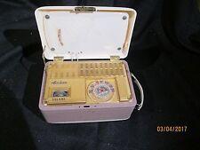 VINTAGE RETRO MID CENTURY 1940's PORTABLE AIRLINE VACUUM TUBE RADIO HARD TO FIND