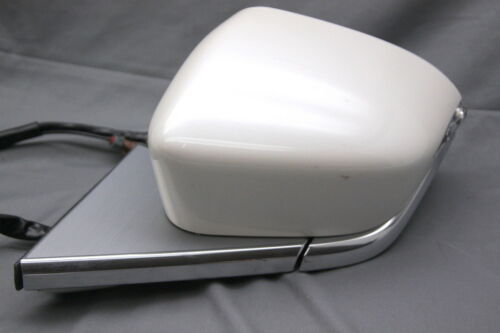 OEM Lincoln Continental Left Side View Mirror GD9B-17683-FL59VJ Cover Scratches