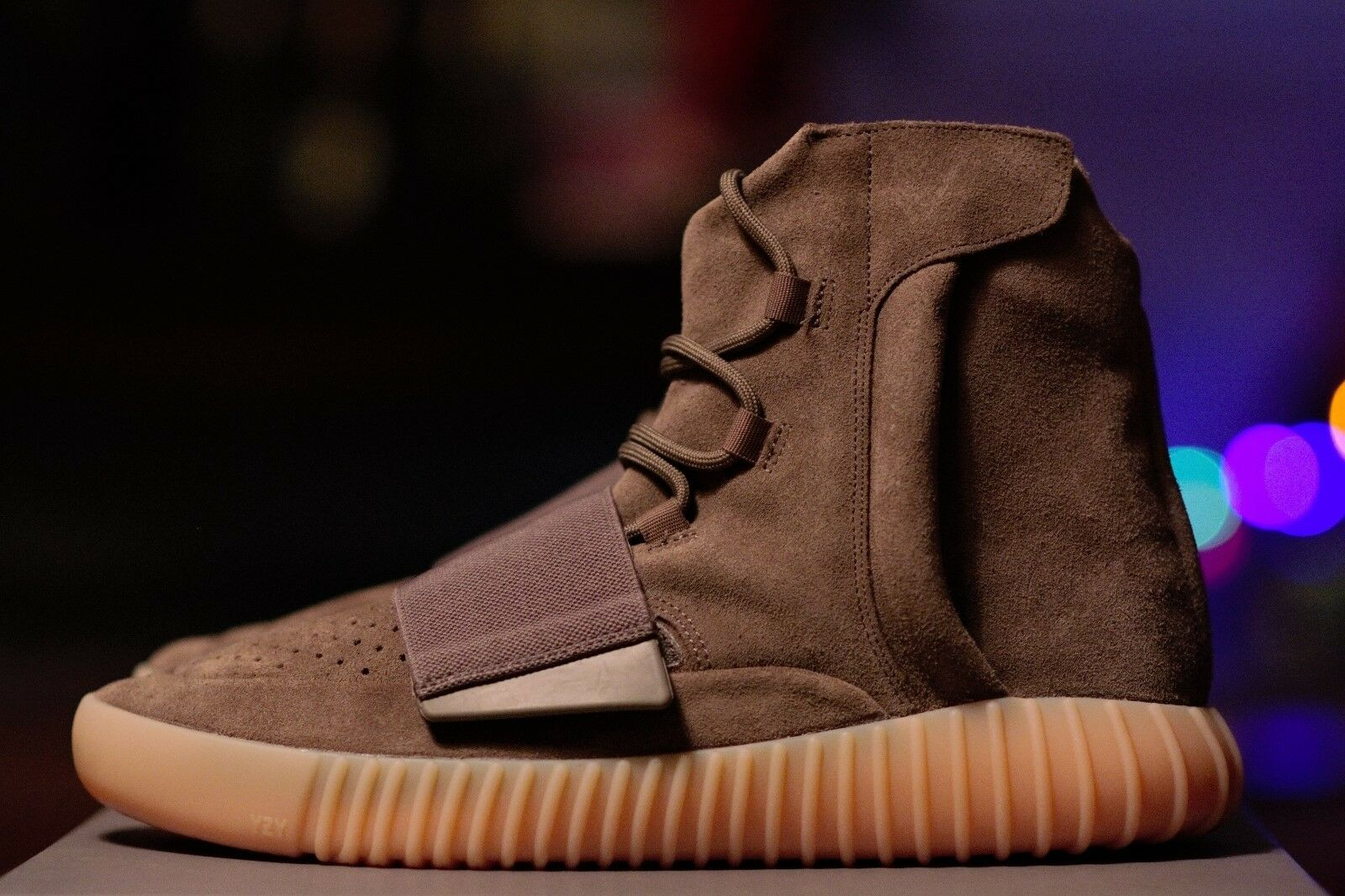 Adidas Size Yeezy Boost 750 Chocolate Brown Gum Size Adidas 10.5 BY2456 100% Authentic 048aa5