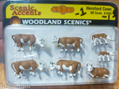 Scenic Accents Hereford Cows HO Scale Woodland Scenics #1843-1
