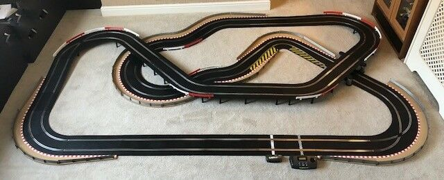 Scalextric Sport Layout with Lap Counter   Half Hairpin   Corner Xovers & 2 Cars