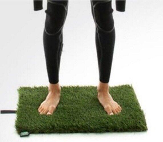 Surf Grass Changing Wetsuit Mat - Brand New - Rolled Grass Mats