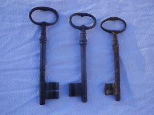 3-Cles-Anciennes-en-fer-forge-XIX-eme-15-cm-14-cm-13-3-cm